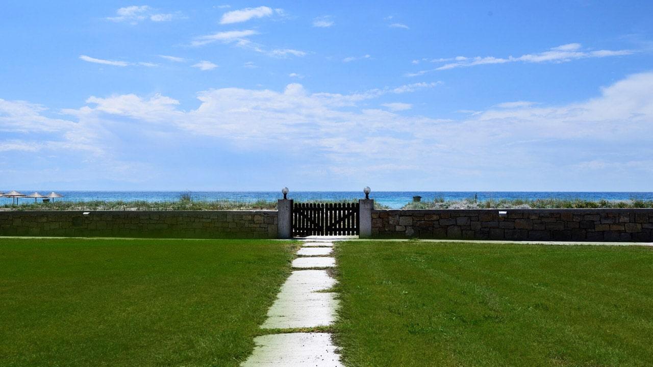 opt-beach-front-villa-13